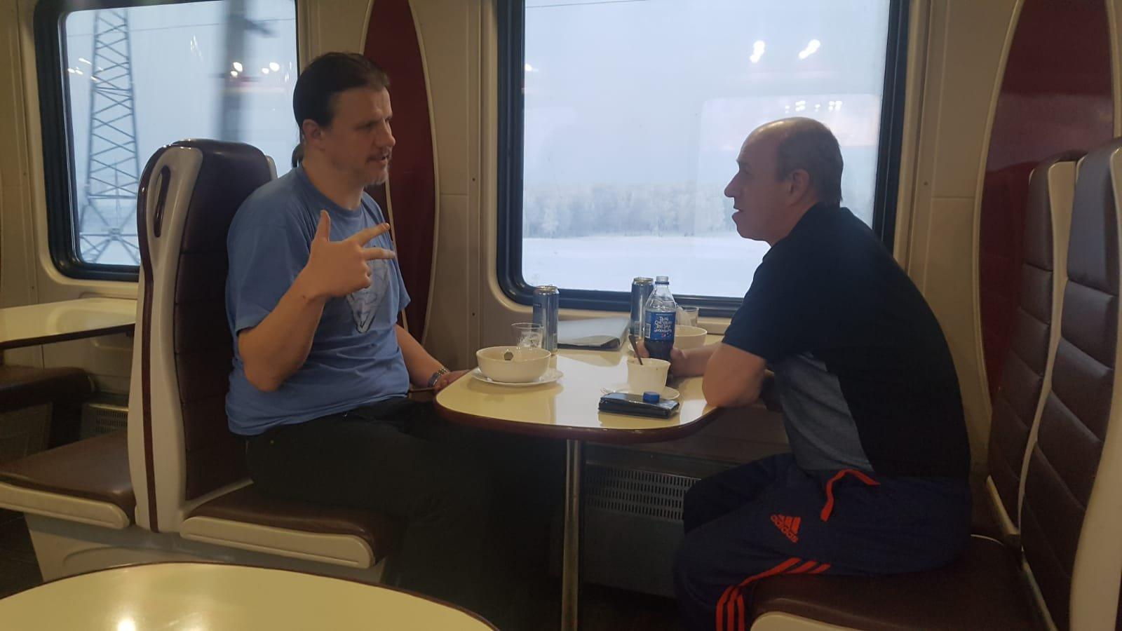 Tanssibirische Eisenbahn Speisewagen
