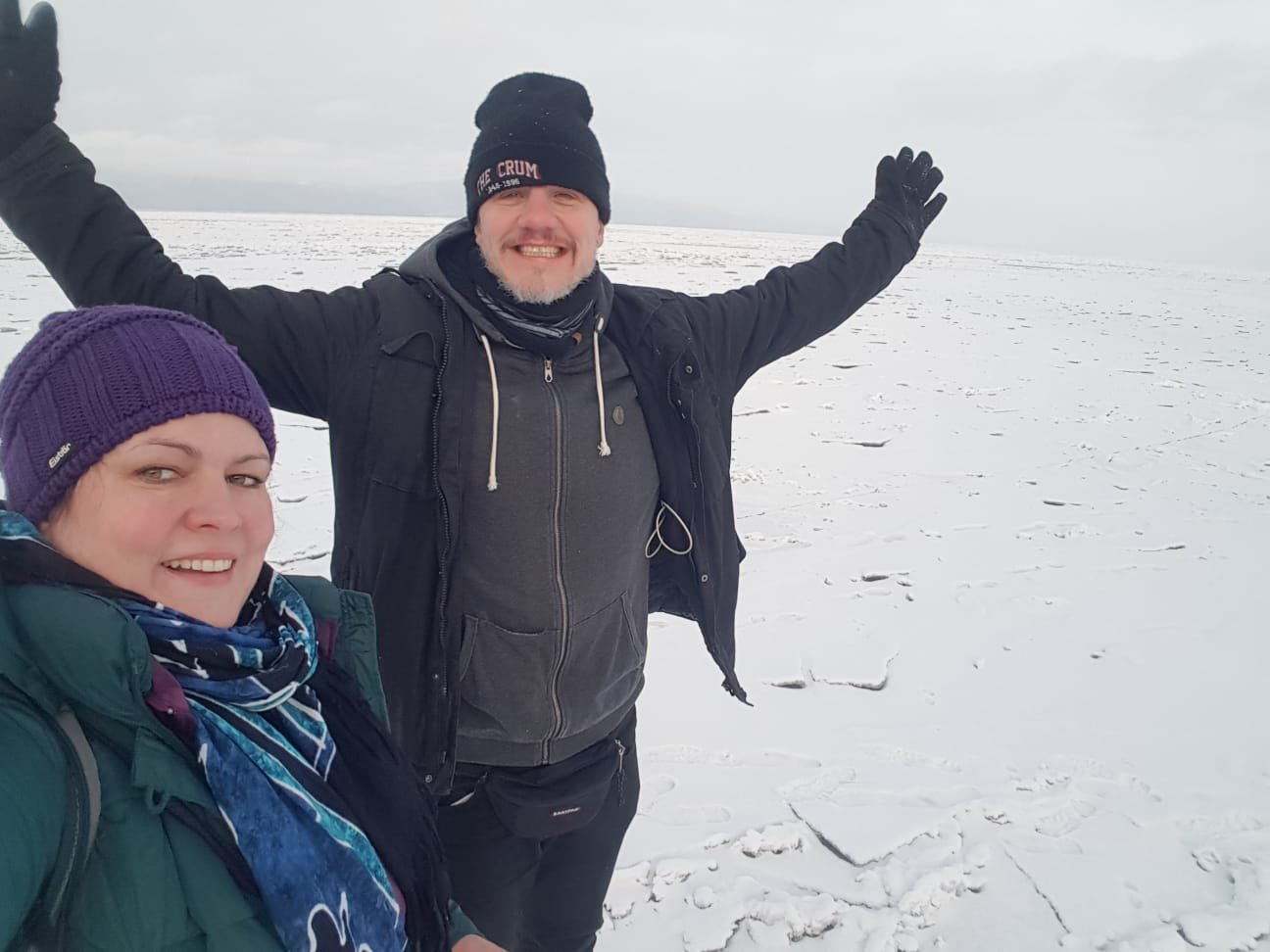 Hurra, wir stehen auf dem Baikalsee