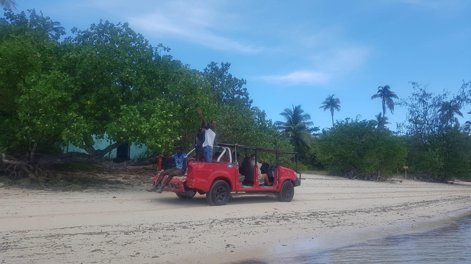 Auto auf der Insel